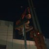 隣接ビルの解体工事開始。